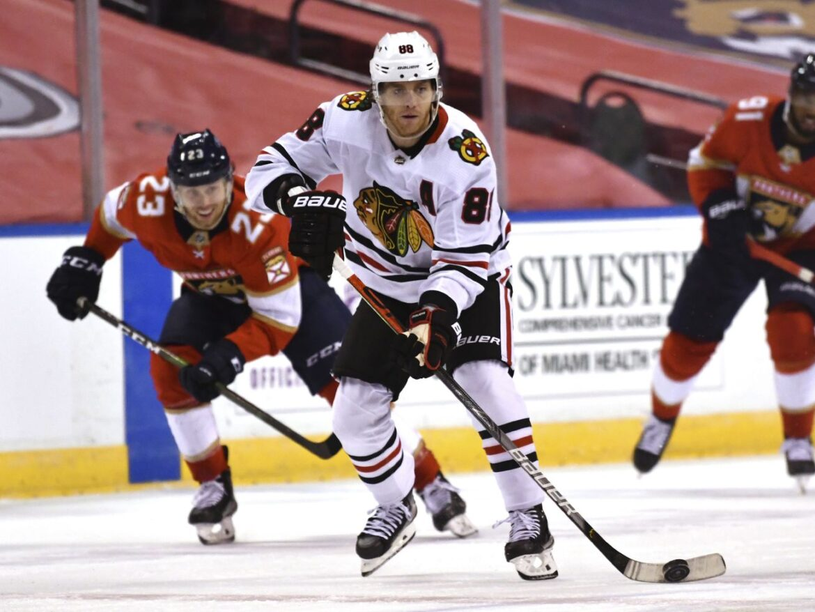 Patrick Kane, Duncan Keith say Blackhawks still have playoff potential —because there's nothing else they can say