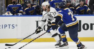 Kings surge early and don't look back in win over Blues