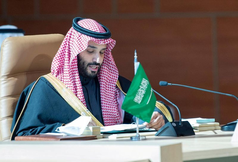 Saudi crown prince says kingdom offers $6 trln investment opportunities over next decade – state news agency