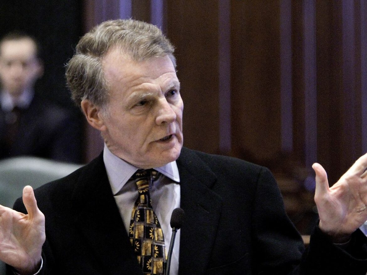 Madigan vacates Springfield apartment, fueling speculation about resigning from Illinois House