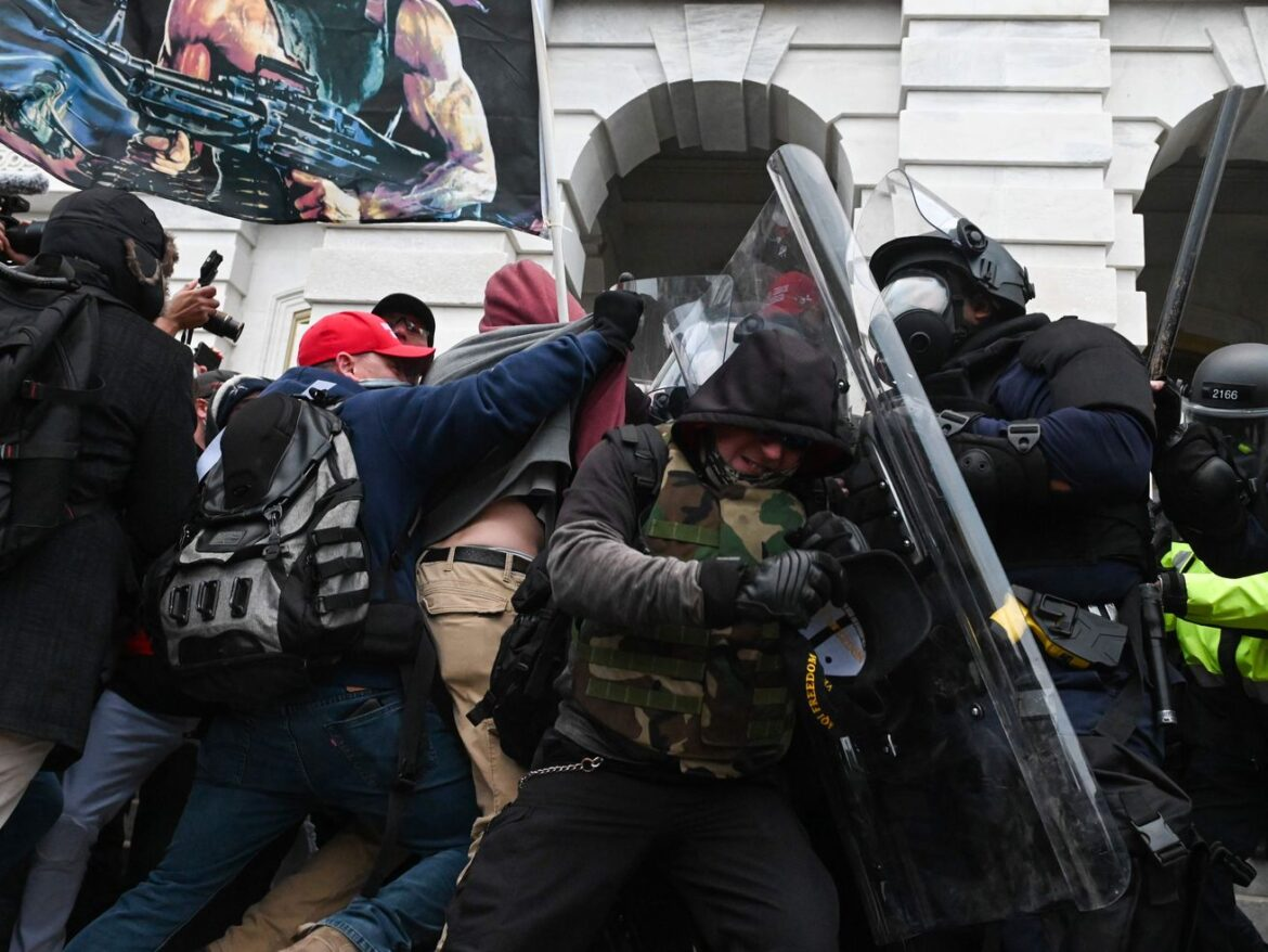 Police command structure crumbled fast during Capitol riot