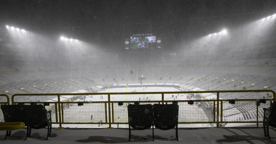 For Rams, cold weather in Green Bay playoff game presents degrees of difficulty