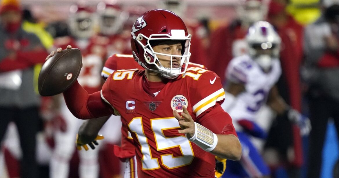 Patrick Mahomes and Chiefs defeat Bills to return to Super Bowl