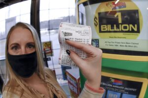 Michigan Mega Millions ticket wins $1.05 billion jackpot