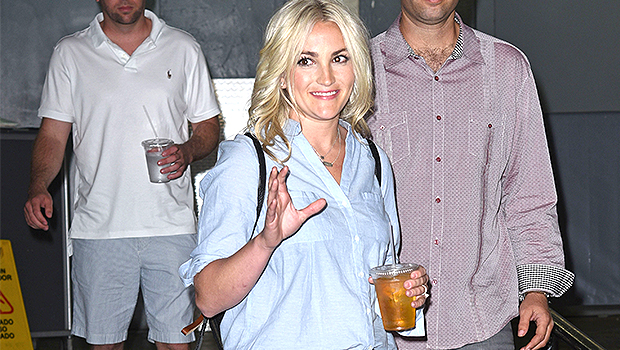 Jamie Lynn Spears Wears Extremely Short Shorts Like Sister Britney In Sexy New Selfies