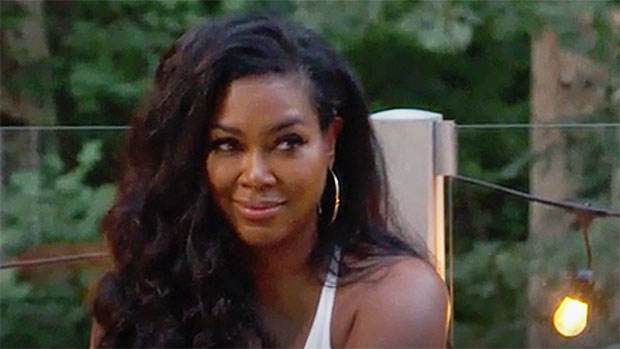 'RHOA' Recap: Kenya Moore Reveals Which Co-Stars She'd Hook Up With After Sexy Pic Reveal