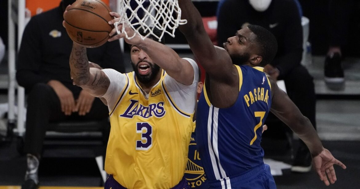 The Lakers lost? Five reasons the Warriors won the game