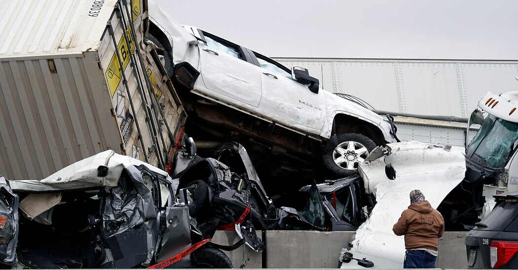 5 People Die in 'Massive' Texas Crash of More Than 70 Vehicles