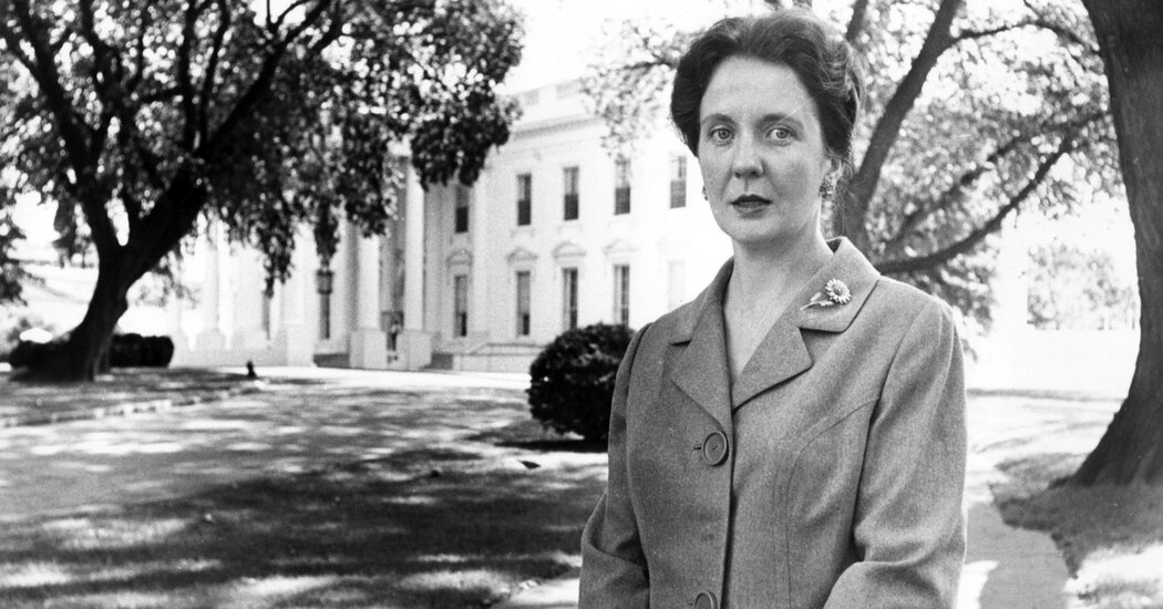 Maxine Cheshire, Who Chronicled Beltway Scandals, Dies at 90