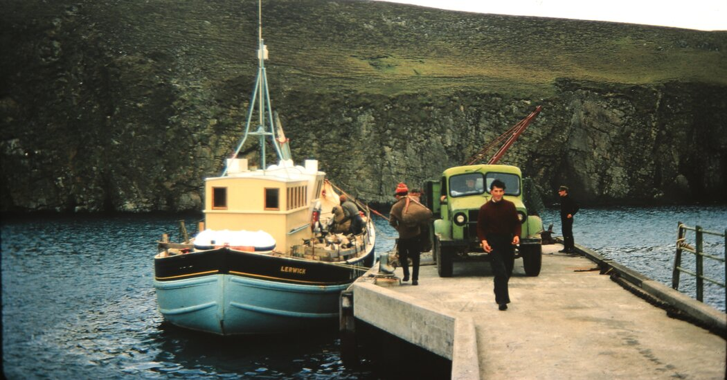 A Glimpse of a Bygone Life on Scottish Islands, Plucked From the Trash
