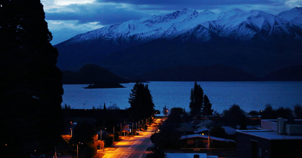 Its Borders Shut, New Zealand Prods Local Tourists to 'Do Something New'
