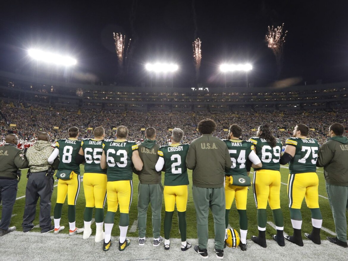 Wisconsin lawmaker wants to require national anthem at sports venues
