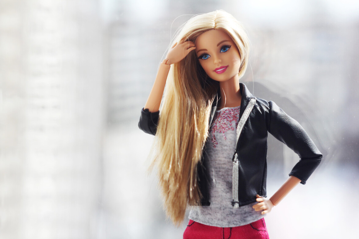 Sales of Barbie lift Mattel to 15-year growth record