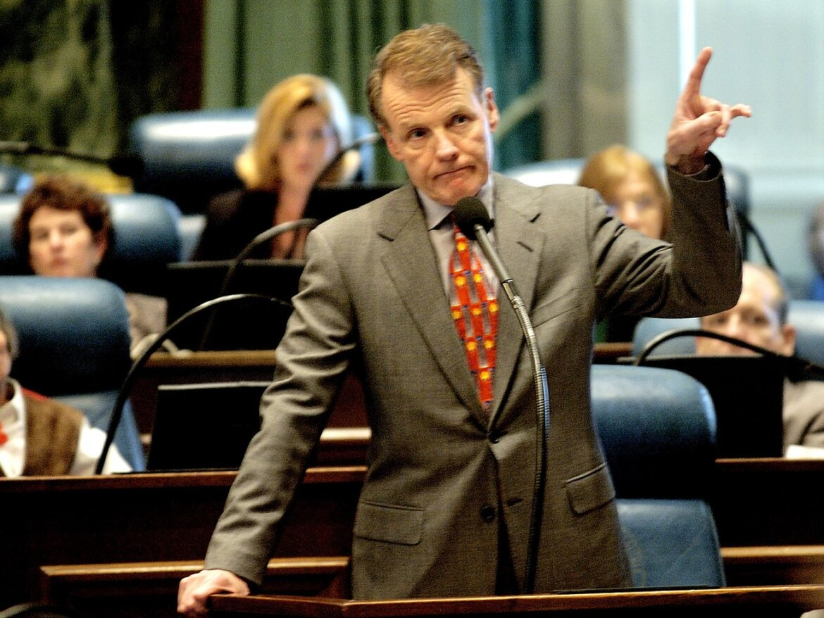 Former Speaker Michael Madigan resigns state House seat — with power to handpick his successor