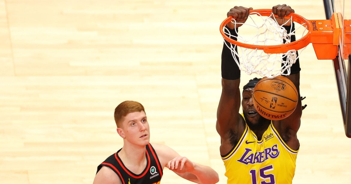 Lakers' Montrezl Harrell visits with his kids in Atlanta, making trip extra special