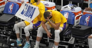 Worn-out Lakers need adjustment, especially from long range