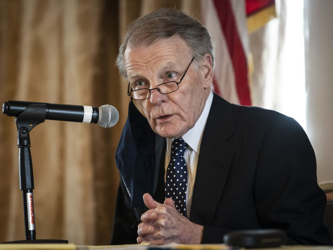 Madigan chooses 13th Ward employee to succeed him as state rep