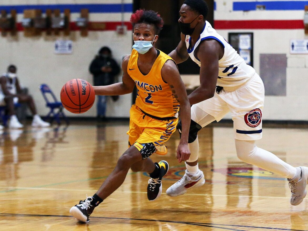 Isaiah Barnes, Jalen Griffith help Simeon hold off Curie's upset bid