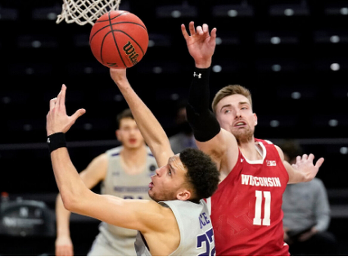 Wisconsin hands Northwestern 13th consecutive loss