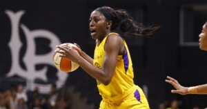 Two-time WNBA All-Star Chiney Ogwumike re-signs with the Sparks