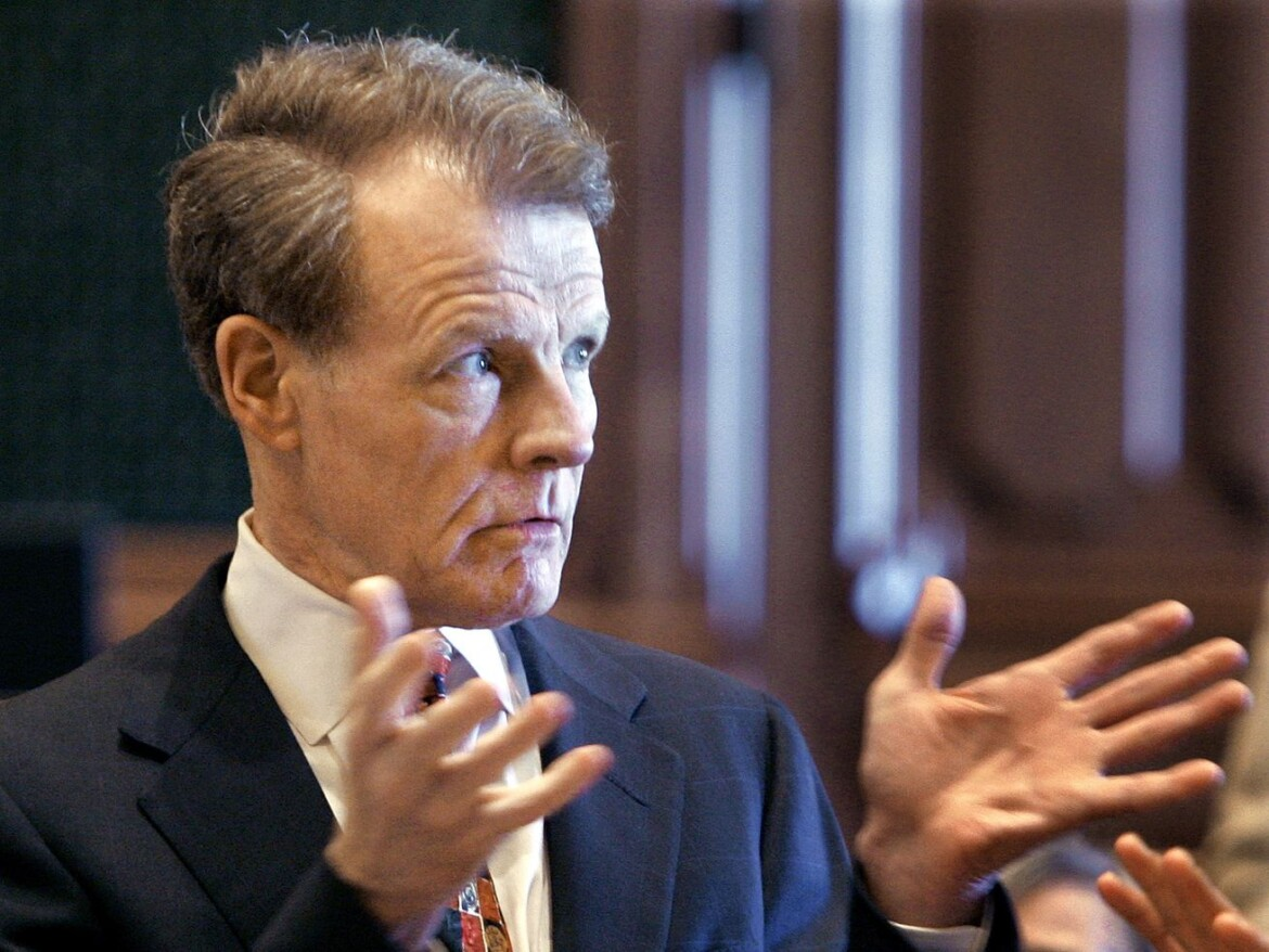 Madigan's heir apparent still up in the air — and he rejects call to stay out it
