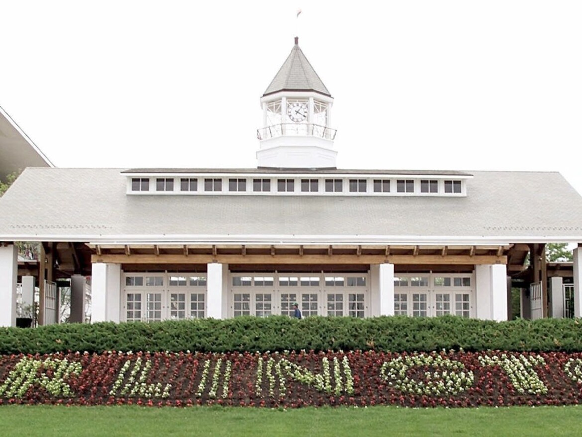 Arlington Park on the block: Corporate owner Churchill Downs looks to sell historic racetrack