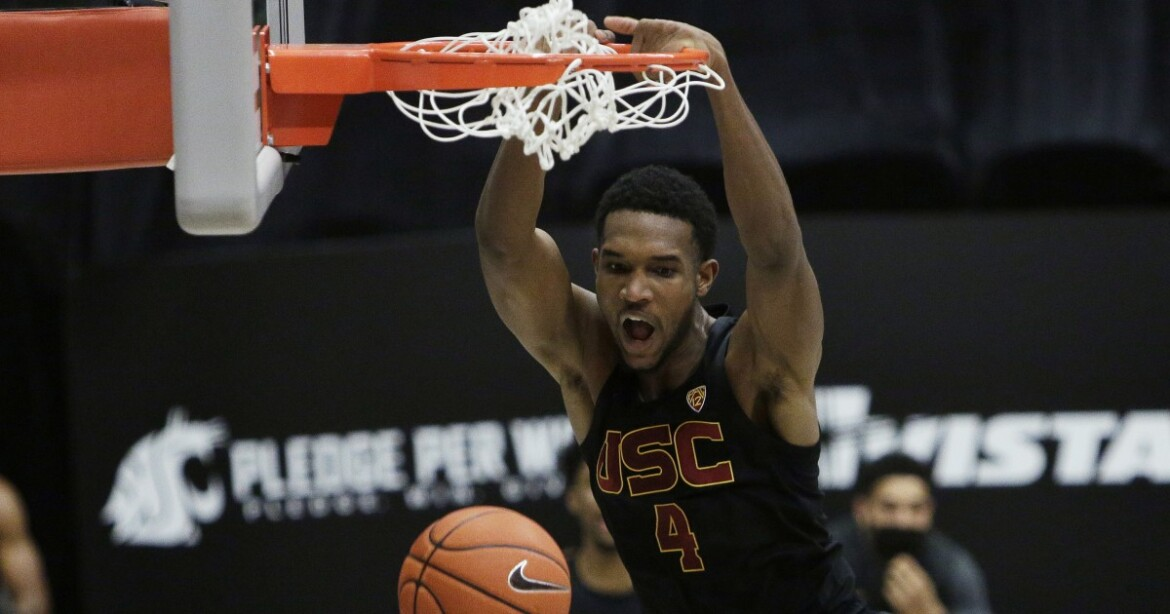 Tahj Eaddy, Evan Mobley power No. 20 USC to victory at Washington State