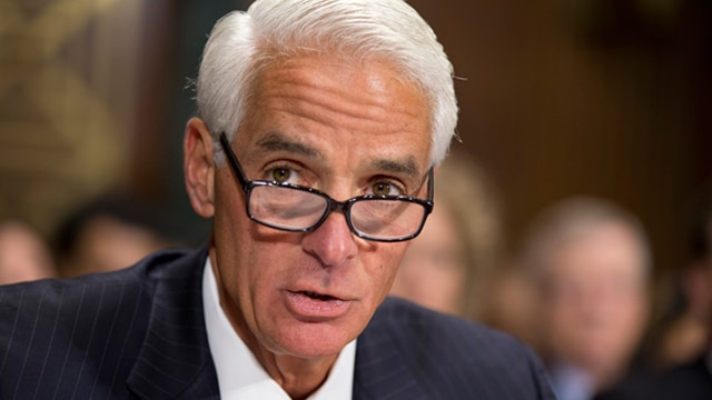 Charlie Crist considers run for Florida governor again