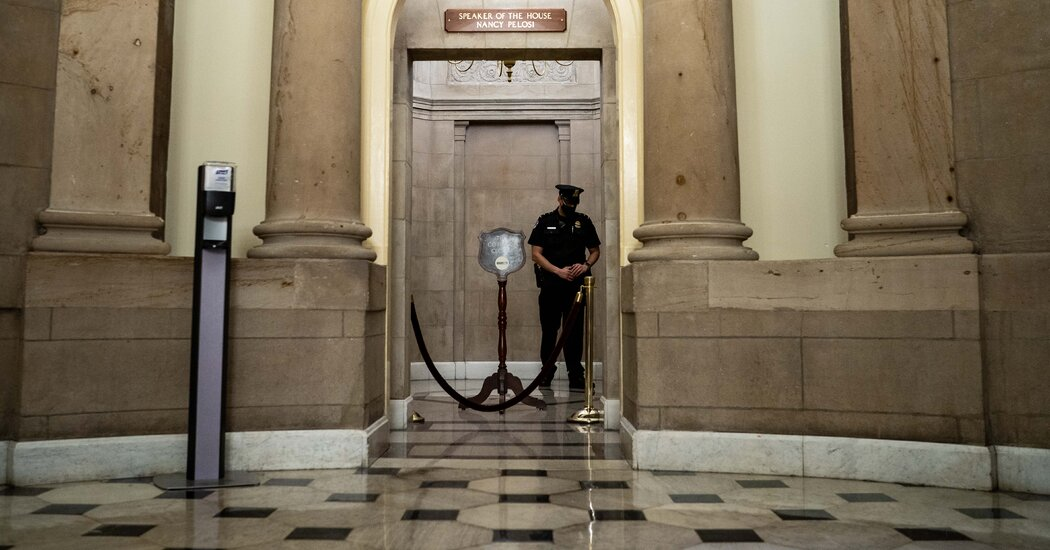 The Capitol Police union endorses recommendations for adding officers, fencing and an urgent response force.