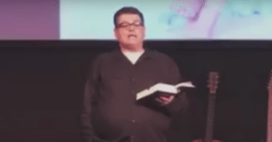 Missouri Pastor Who Sermonized That Women Must Look Good for Their Husbands Goes on Leave