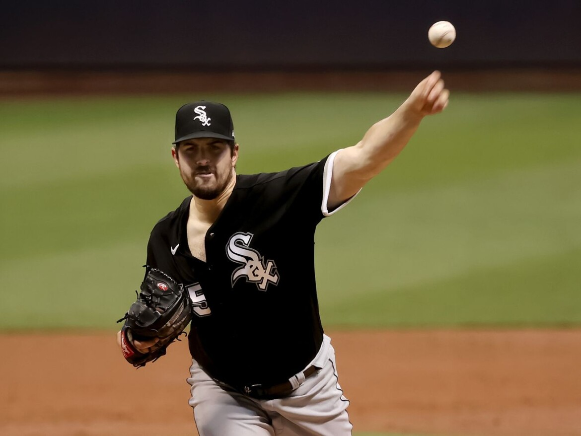 White Sox' Lopez, Rodon pitch in 7-4 loss to Reds, weigh in on No. 5 starter competition