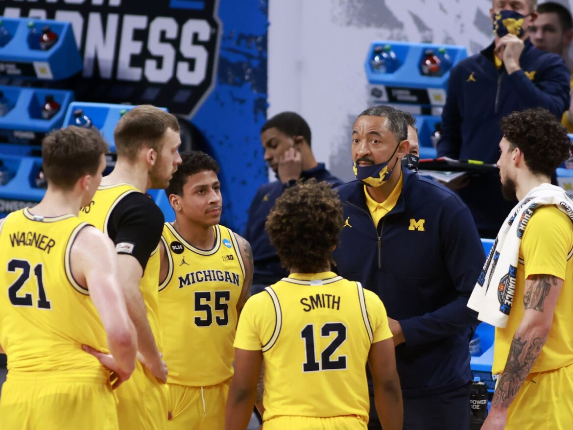 Michigan blasts FSU 76-58, keeps alive Big Ten hopes of ending long, sad title-less streak