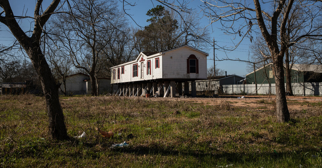 The 'Old American Dream,' a Trap As the Floods Keep Coming
