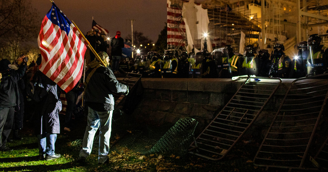 Justice Dept. Links Oath Keepers and Proud Boys Ahead of Capitol Riot