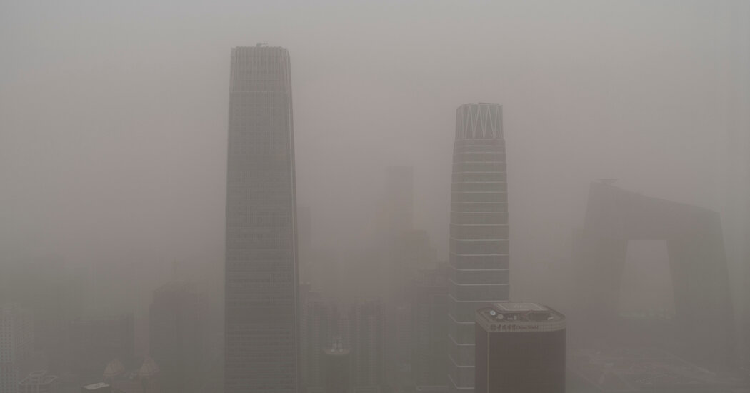 A Sandstorm in China Revives Memories of 'Airpocalypses' Past