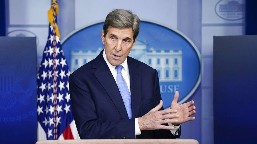 John Kerry caught maskless on flight, American Airlines 'looking into' apparent COVID violation