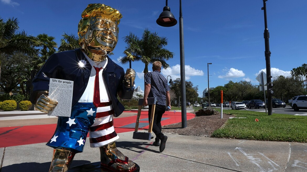 Liberal Twitter users apparently fooled by fake image of evangelicals praying over golden Trump statue