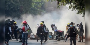 Burmese security forces kill at least 9 protesters in new clashes: report