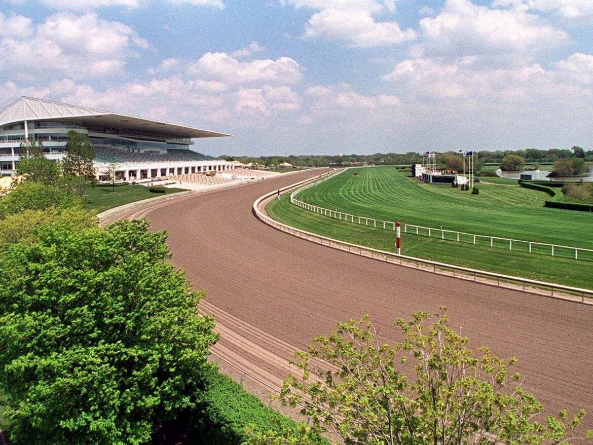 State horse racing regulator brandishes the riding crop over sale of Arlington Park: 'That is a really bad look'