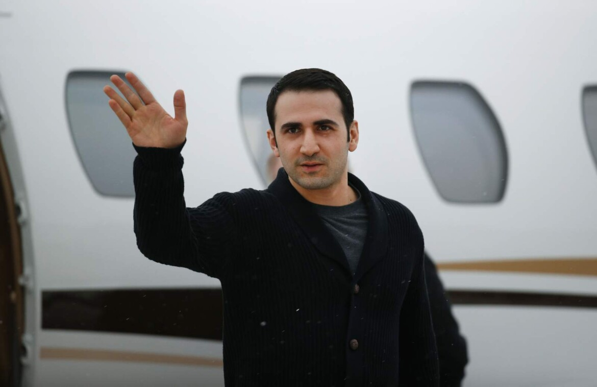 Once held in Iranian jail, ex-Marine fights espionage claims