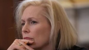 Gillibrand calls for investigation into allegations against Cuomo