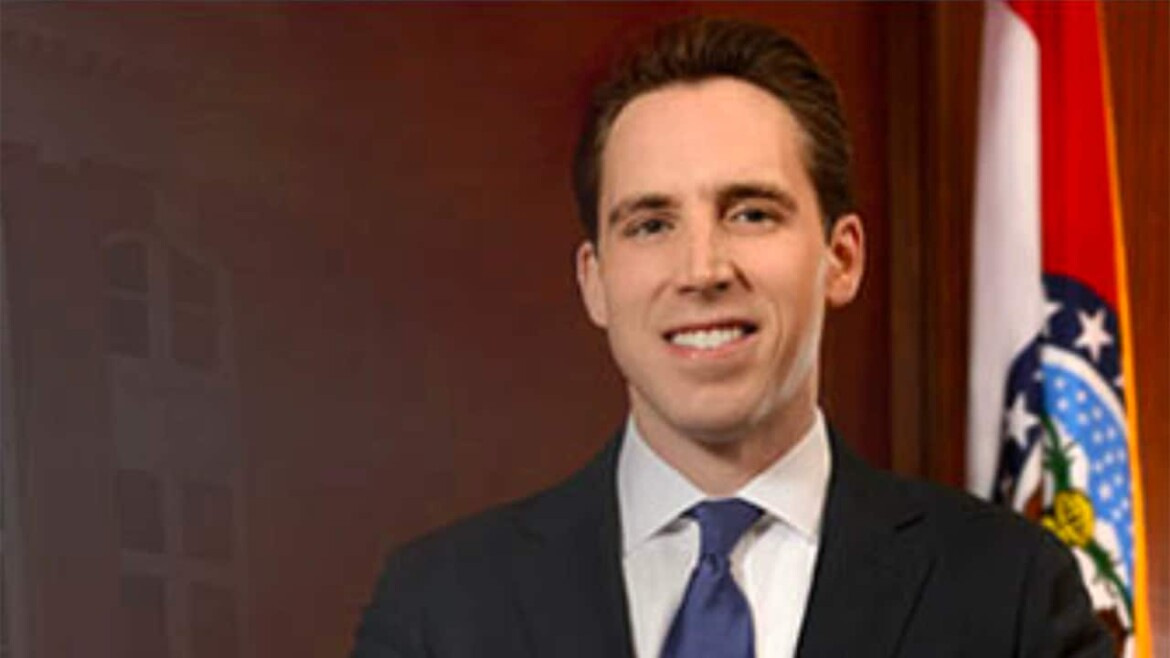 Hawley on 'Ben Domenech Podcast': 'Woke left,' corporations trying to drown out dissenting voices