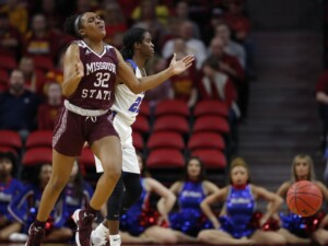 Loyola women fall to No. 23 Missouri State