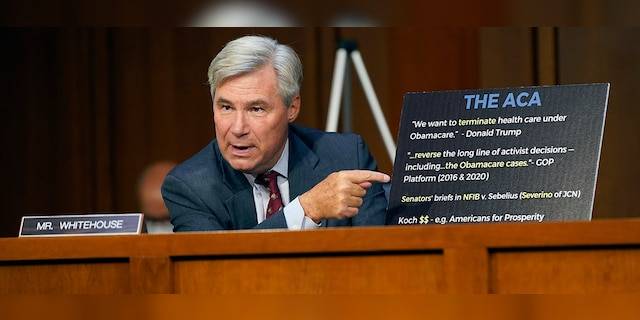 Sen. Whitehouse calls for DOJ probe of FBI's Kavanaugh background check, suggests it was 'fake'