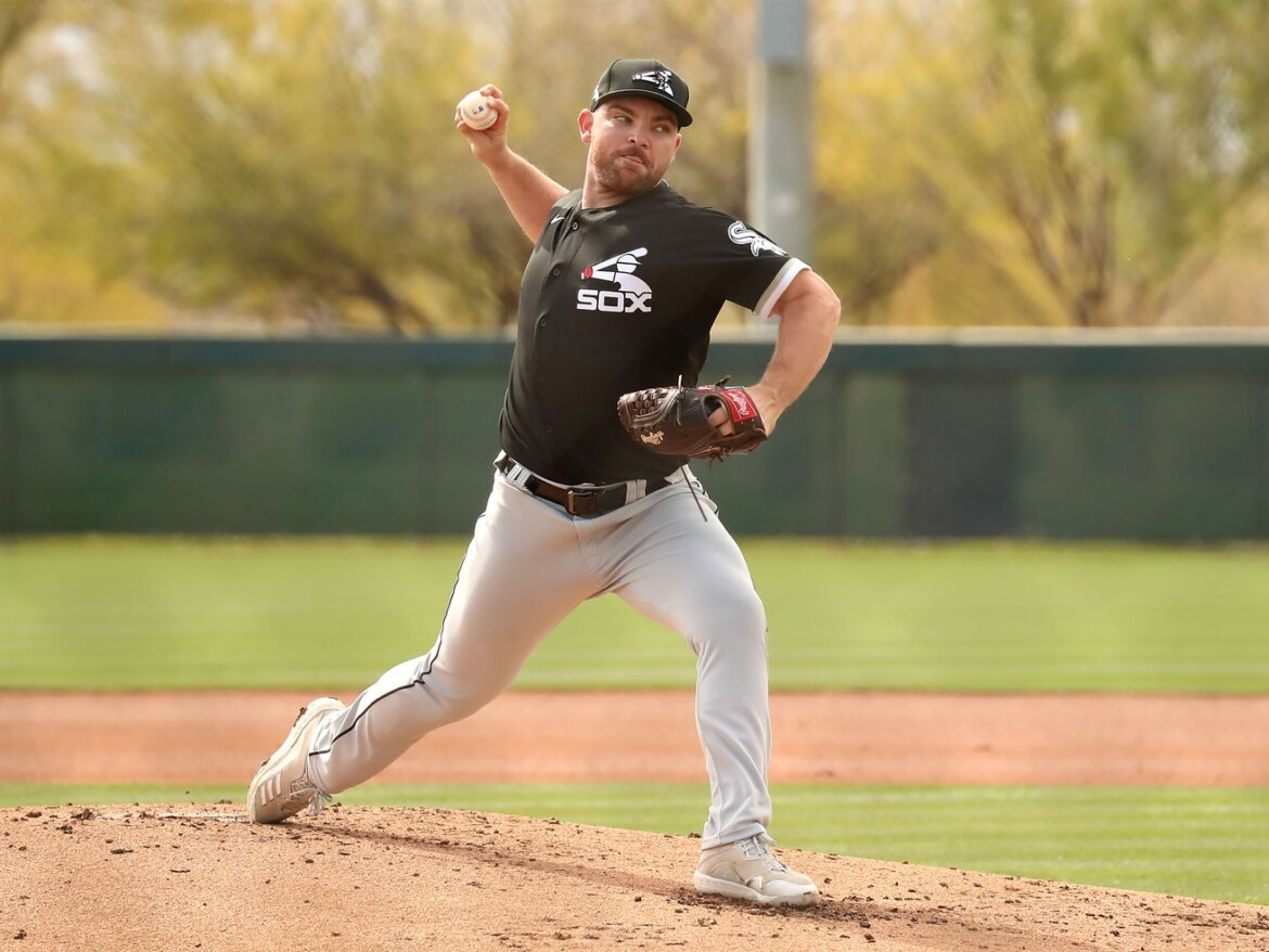 White Sox' Liam Hendriks a stone's throw away from being ready for opener