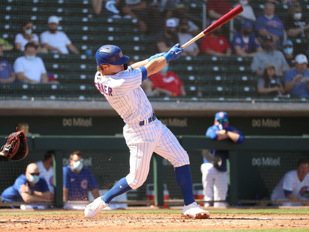 Nico Hoerner's hot start gives him an early lead in Cubs' second-base battle