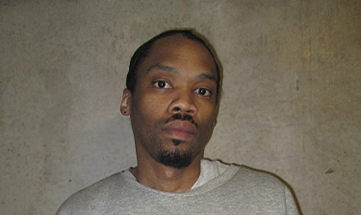Oklahoma prosecutor urges panel to reject inmate's claims