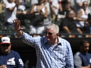 Induction into Hall draws nearer for White Sox broadcaster Ken Harrelson