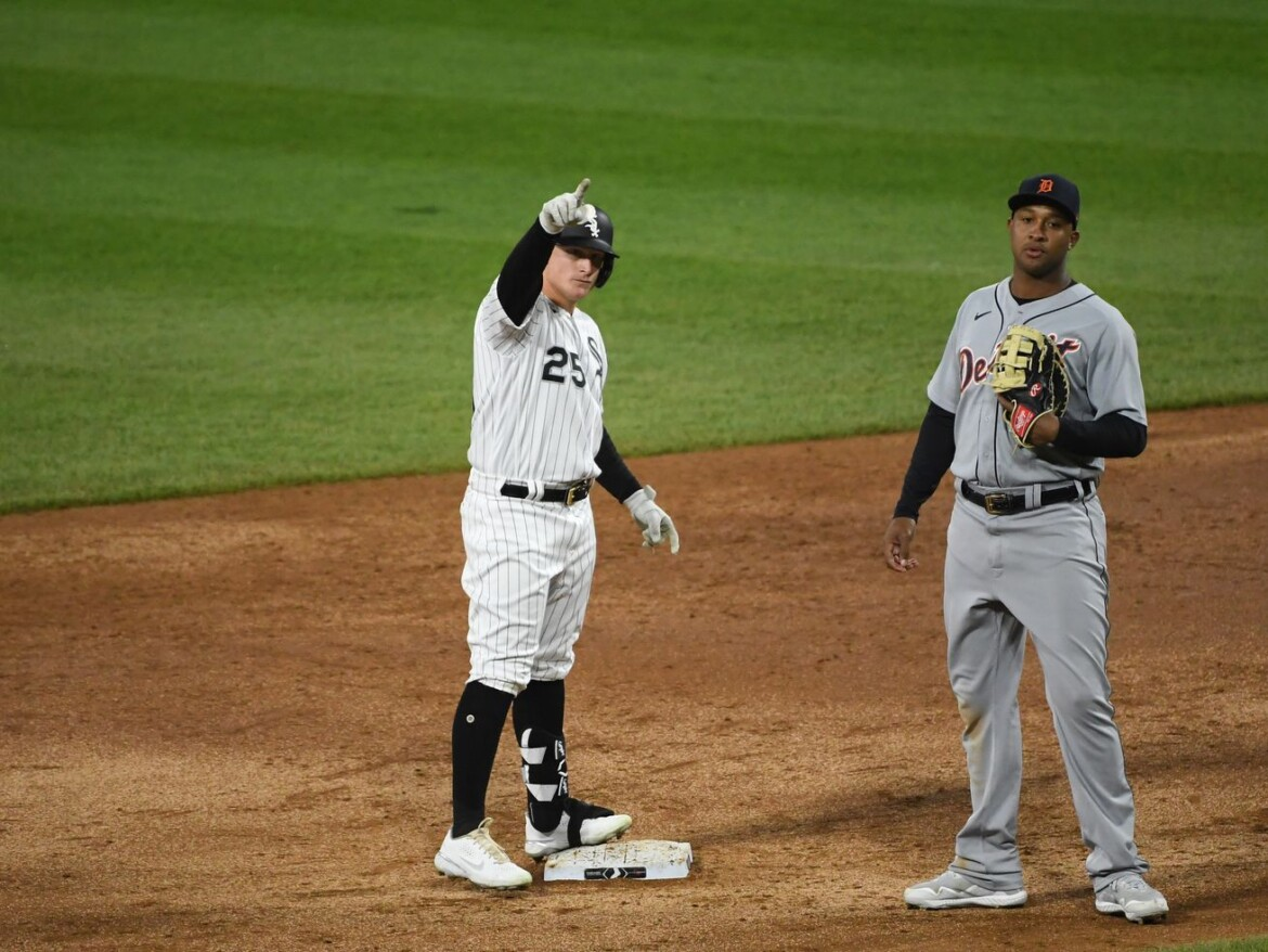 Andrew Vaughn beginning to emerge for White Sox
