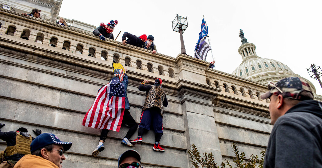 Capitol Police Told to Hold Back on Riot Response on Jan. 6, Report Finds